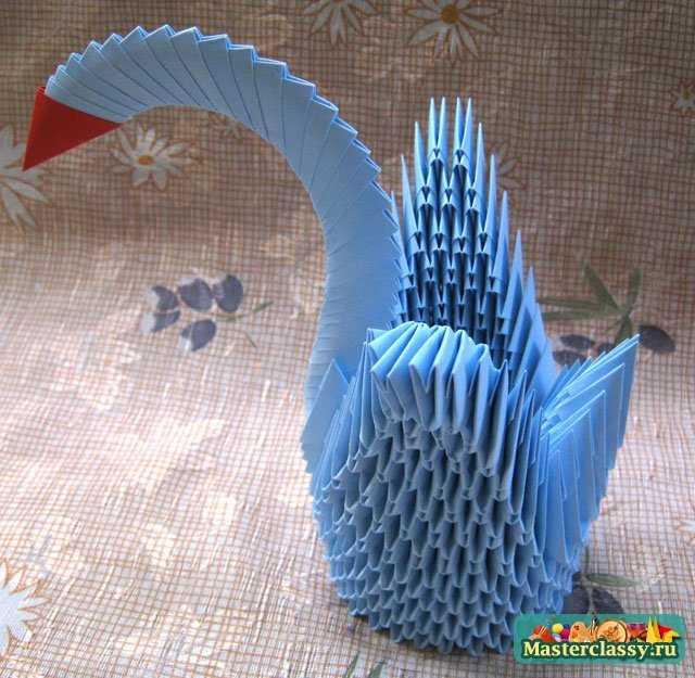 Сделать своими рука лебедя из бумаги