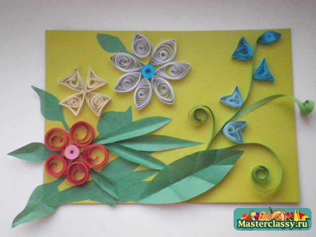 Как видно, картину из цветов делать не сложно и с ней справится даже ребенок, если приложит немного...