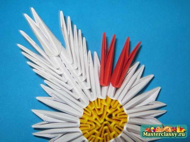 Модульное оригами.  Лилия.  Мастер-класс.  Лепесток лилии.