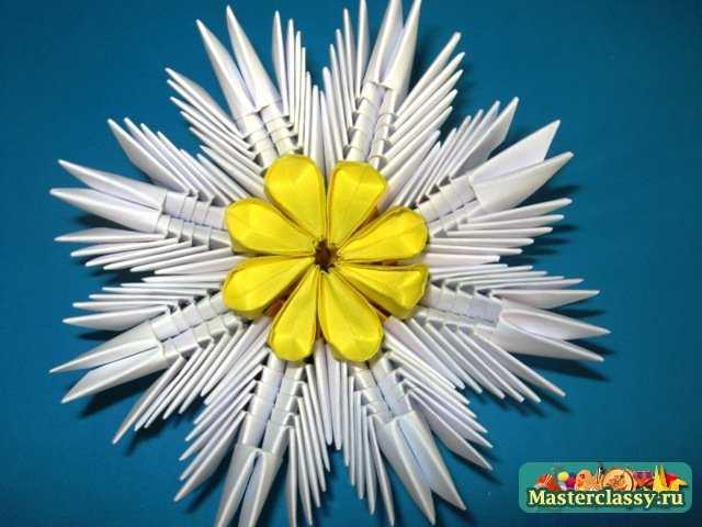 Готовая лилия модульное оригами