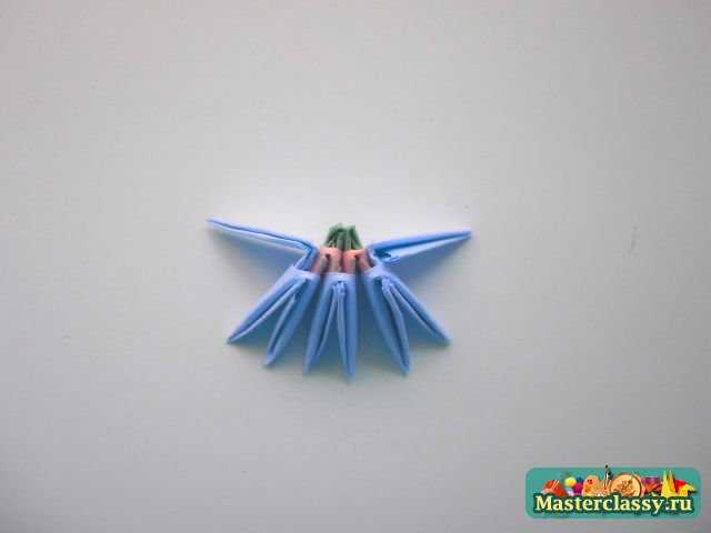 Оригами лебедь из треугольных модулей - схема сборки и мастер-класс.  Это одна из.