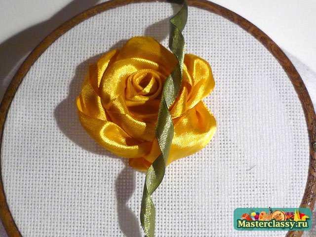 роза из лент