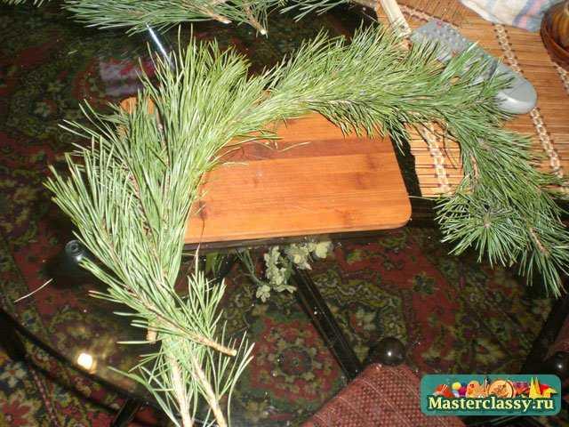 Рождественский венок из сосны своими руками