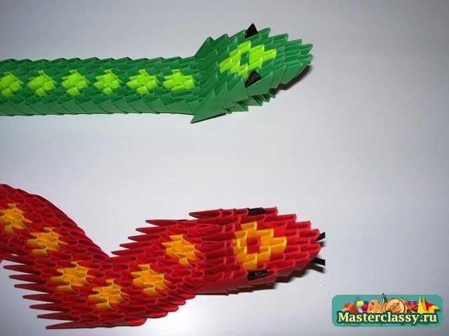 Голова змеи
