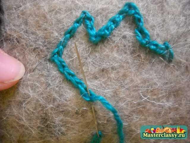 вышивка на валенках