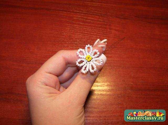 бисероплетение цветов ромашка