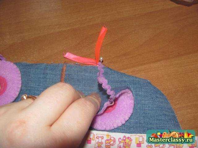 развивающие игрушки для мальчика своими руками. Машина - застежка