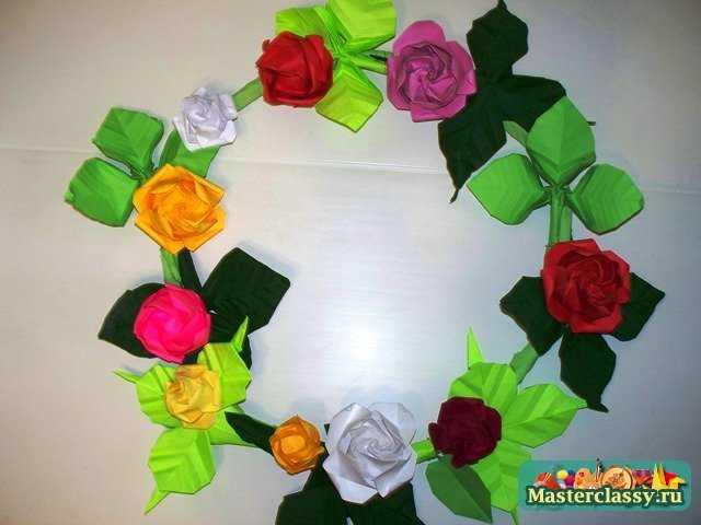 Сборка венка оригами.  Оригами из цветов.  Мастер-класс.  Венок.