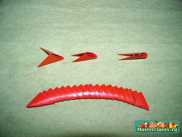 Источник информации: сайт Easy Origami.Оригами модульное самолет.