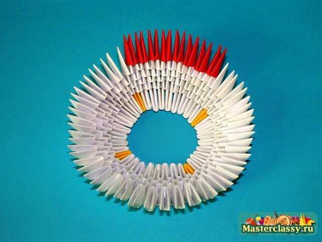 Оригами из модулей.  Мастер-класс с пошаговыми фото.  Цыпленок нижняя скорлупа модульное оригами.