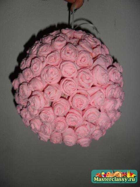 Поделки из салфеток. Шар из роз. Мастер класс с пошаговыми фото