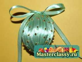 Яйцо, украшенное бисером. Мастер класс с фото