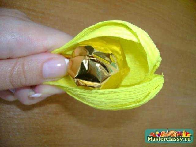 Букеты из конфет своими руками для начинающих крокусы