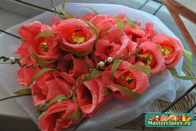 Конфетные букеты своими руками. Коралловые розы. Мастер класс с пошаговыми фото
