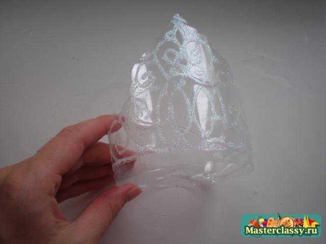 Поделки из пластиковых бутылок. Корона для девочки. Мастер класс с пошаговыми фото