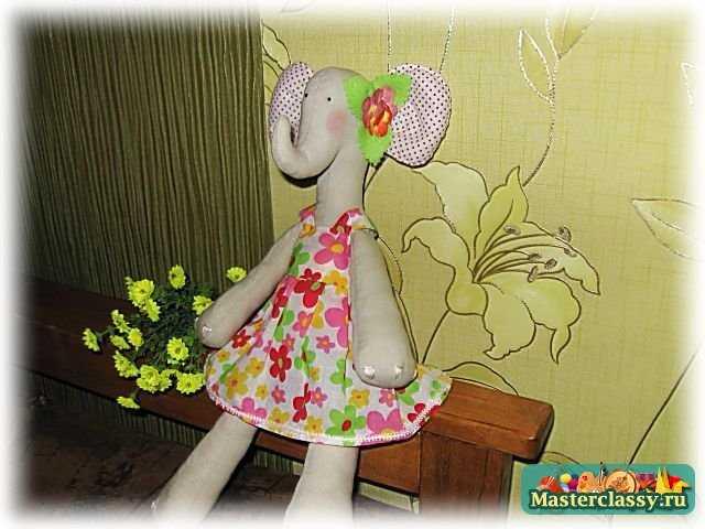 Тильда слоник с цветочком. Мастер класс с пошаговыми фото. Часть 2
