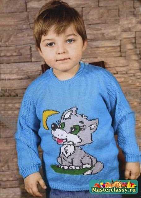 Вязаный свитер спицами с