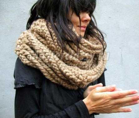 На шарф-воротник в среднем