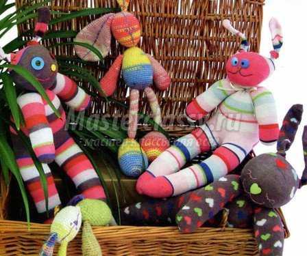 Если да, то они пригодятся на вязание зайцев крючком- таких милых и симпатичных игрушек, с которыми.