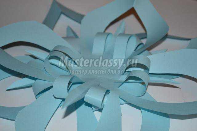 новогодние поделки из бумаги. Оригинальная снежинка своими руками