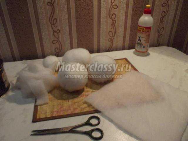 Как сделать снежок из синтепона своими руками
