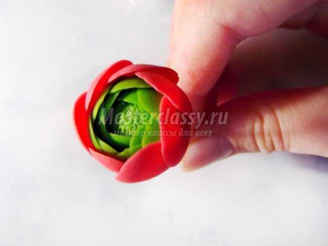 Брошь из самозастывающей флористической глины