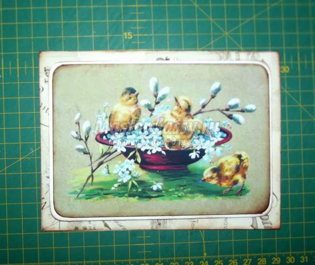 Пасхальная открытка с цыплятами