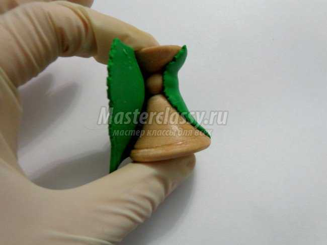 Листики из полимерной глины мастер класс