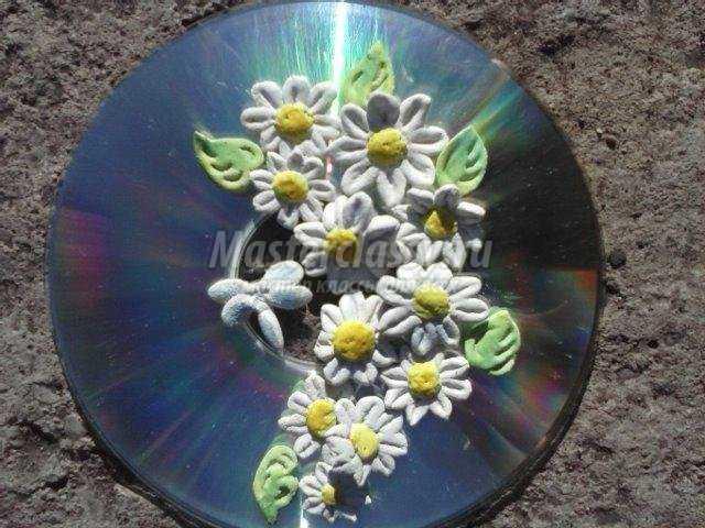 ромашки из соленого теста на диске