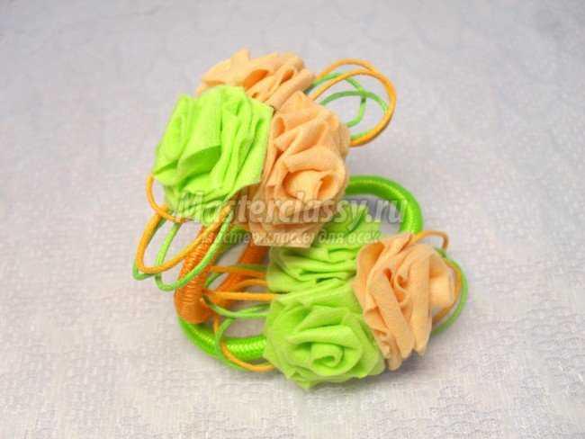 Резинки для волос с розами из фетра