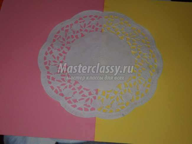 Цветочное панно в технике квиллинг