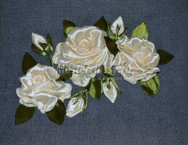 Вышивка из ленточек розы