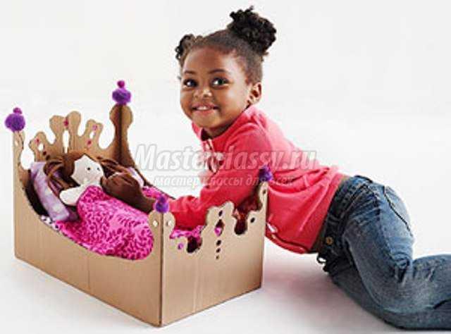 Кровать для кукол из коробки под обуви своими руками