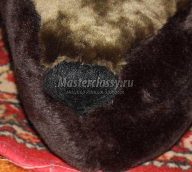 Как сшить мишку-коврик из шубы? Мастер-класс с фото