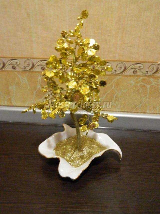 денежное дерево из монеток