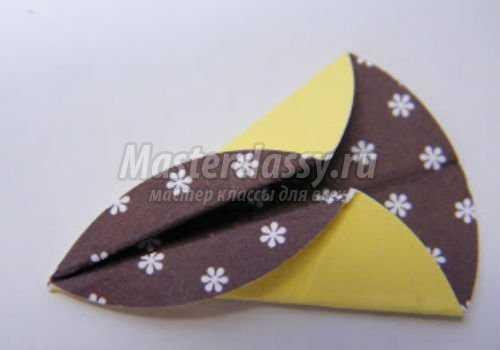 изготовление лепестка из бумаги