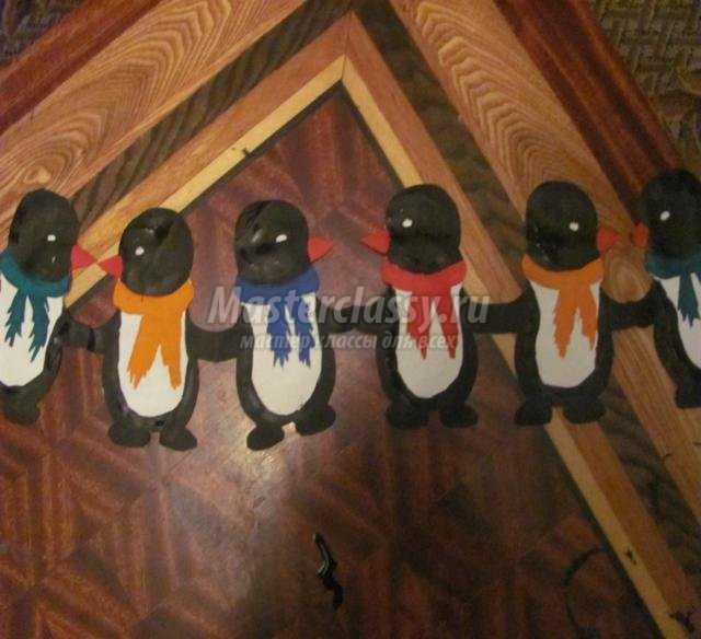 новогодние гирлянды из бумаги. Снеговики и пингвины