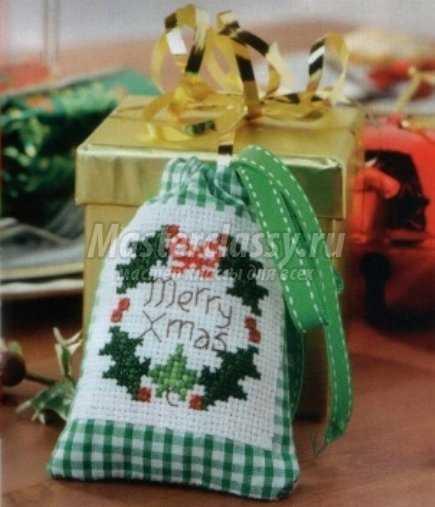 Подарочный новогодний мешочек из льна своими руками 98