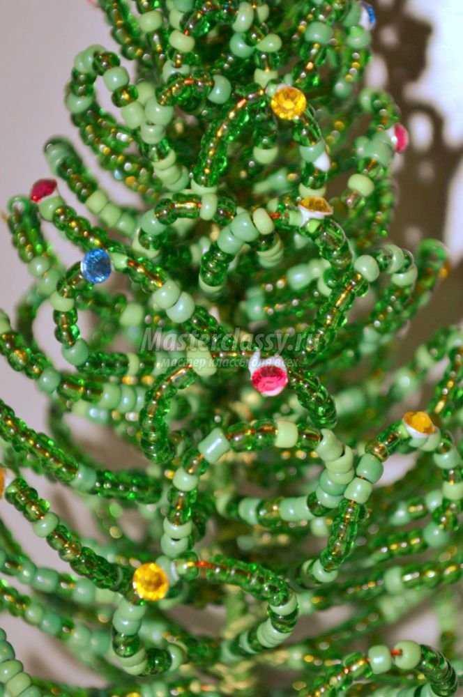 елка из бисера фото