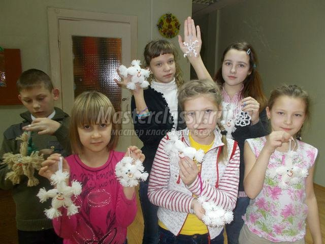 снежинки из ниток своими руками
