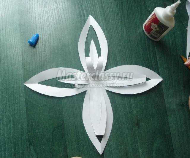 Снежинки из бумаги своими руками с пошаговым фото
