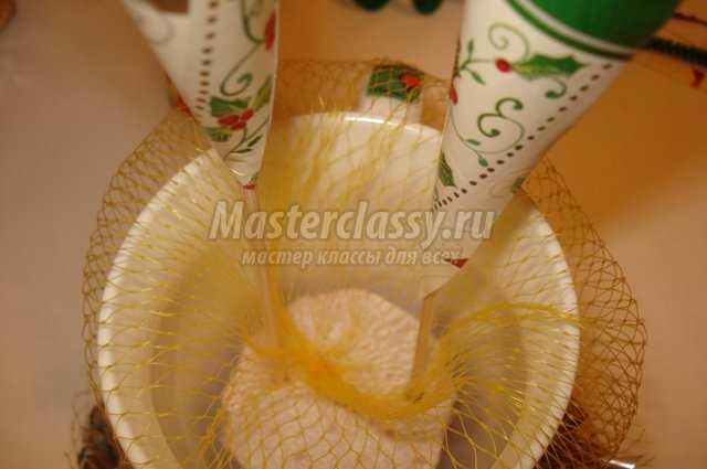 Композиция цветов из конфет своими руками