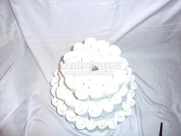 Как делать торт из памперсов своими руками фото 357