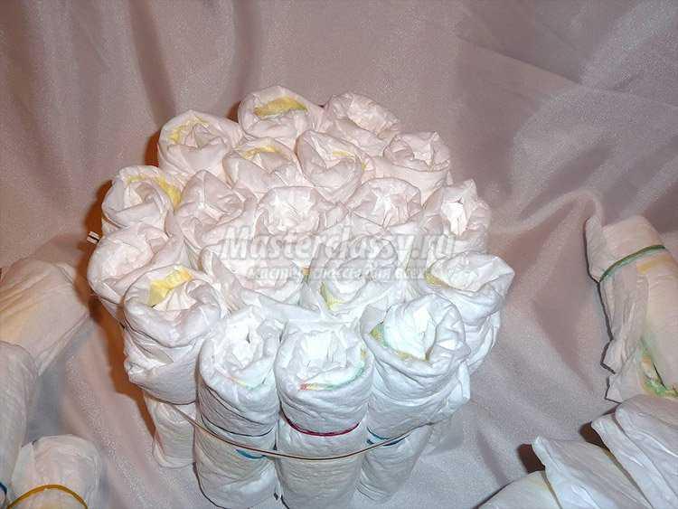 Как сделать букет из памперсов своими руками пошагово 37