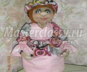Текстильная кукла-конфетница. Любаша
