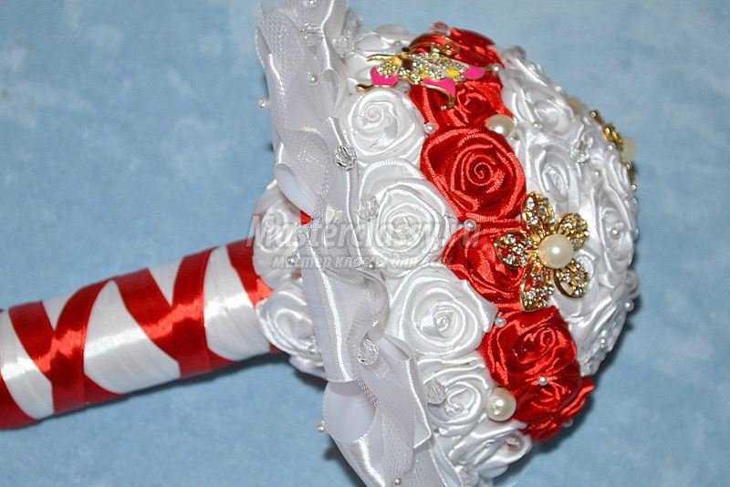 Свадебный букет из атласных лент пошаговое