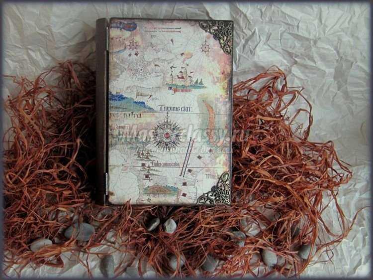 Декупаж книга-шкатулка