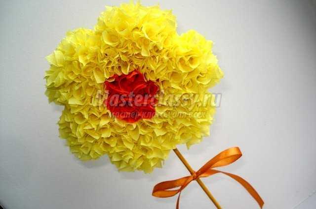 Цветок из гофробумаги мастер класс