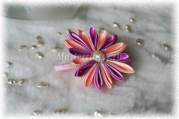 Цветы из атласных ленты своими руками пошагово