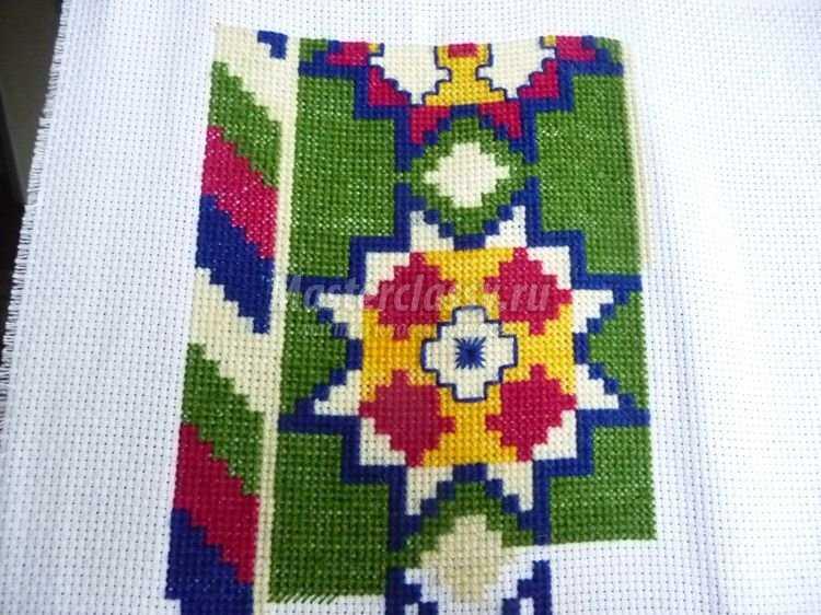 Вышивка крестом подушка мастер класс